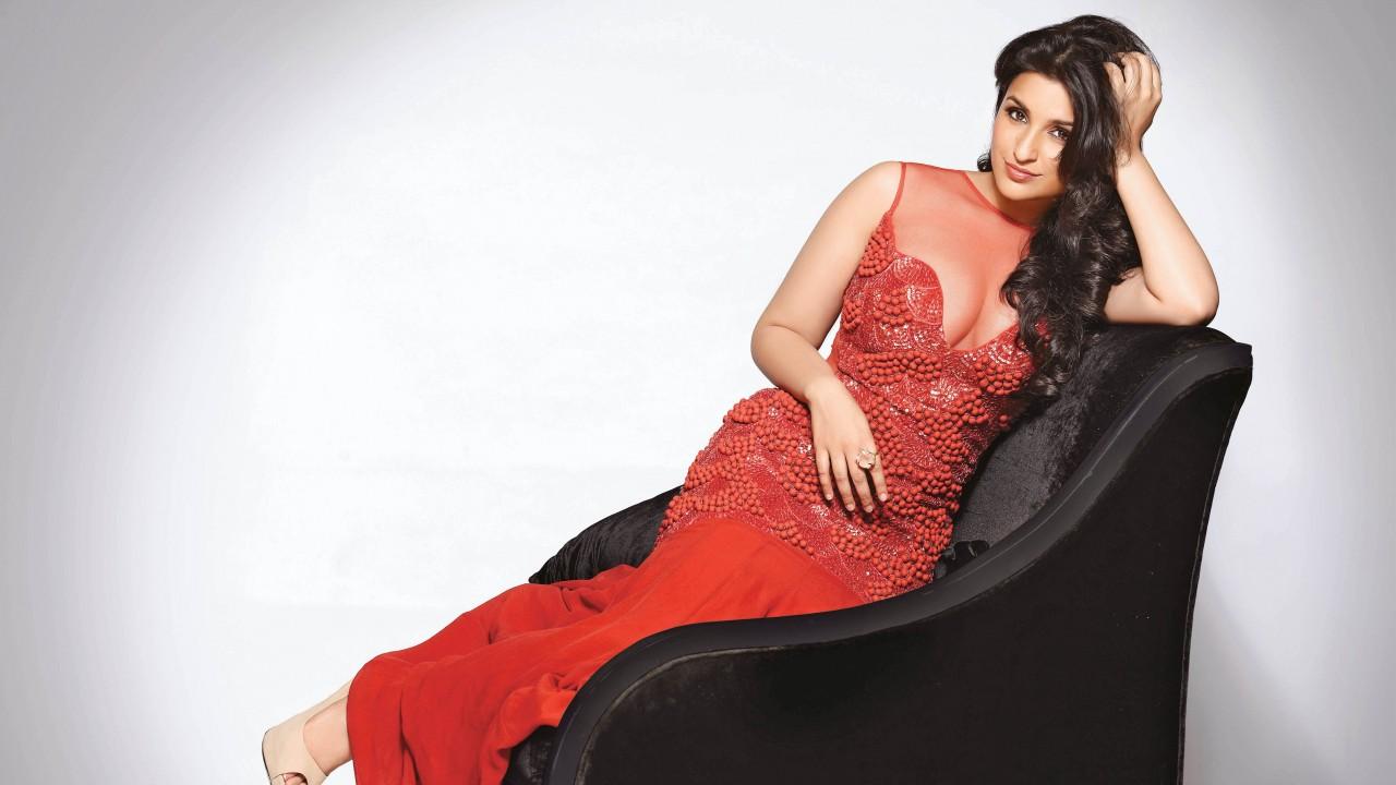 bollywood actress parineeti chopra hot photos