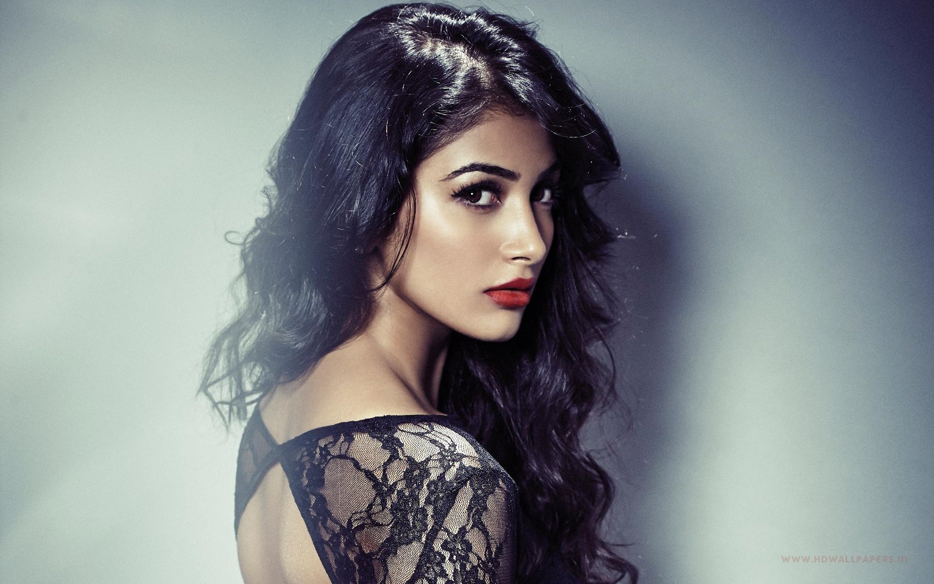 bollywood actress pooja hegde hd wallpaper | dreampirates