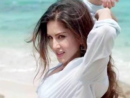 Sunny Leone 247
