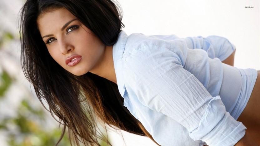 Sunny Leone 26