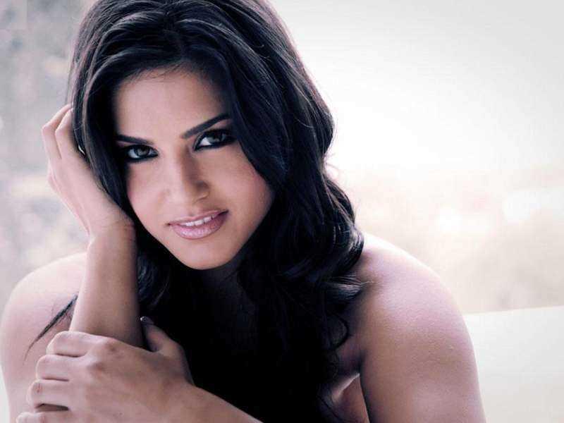 Sunny Leone 49
