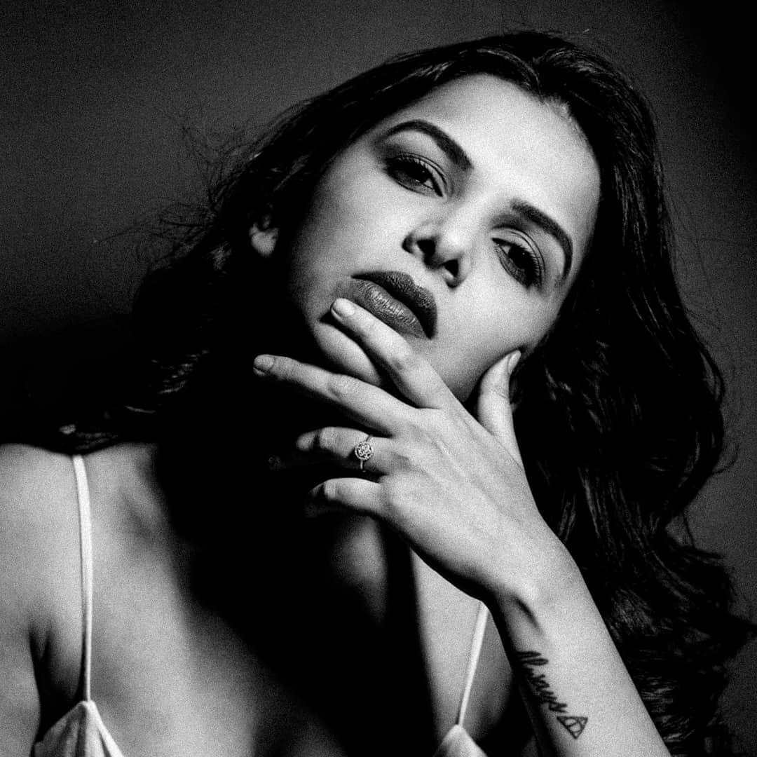 Mitali Mayekar marathi actress 19