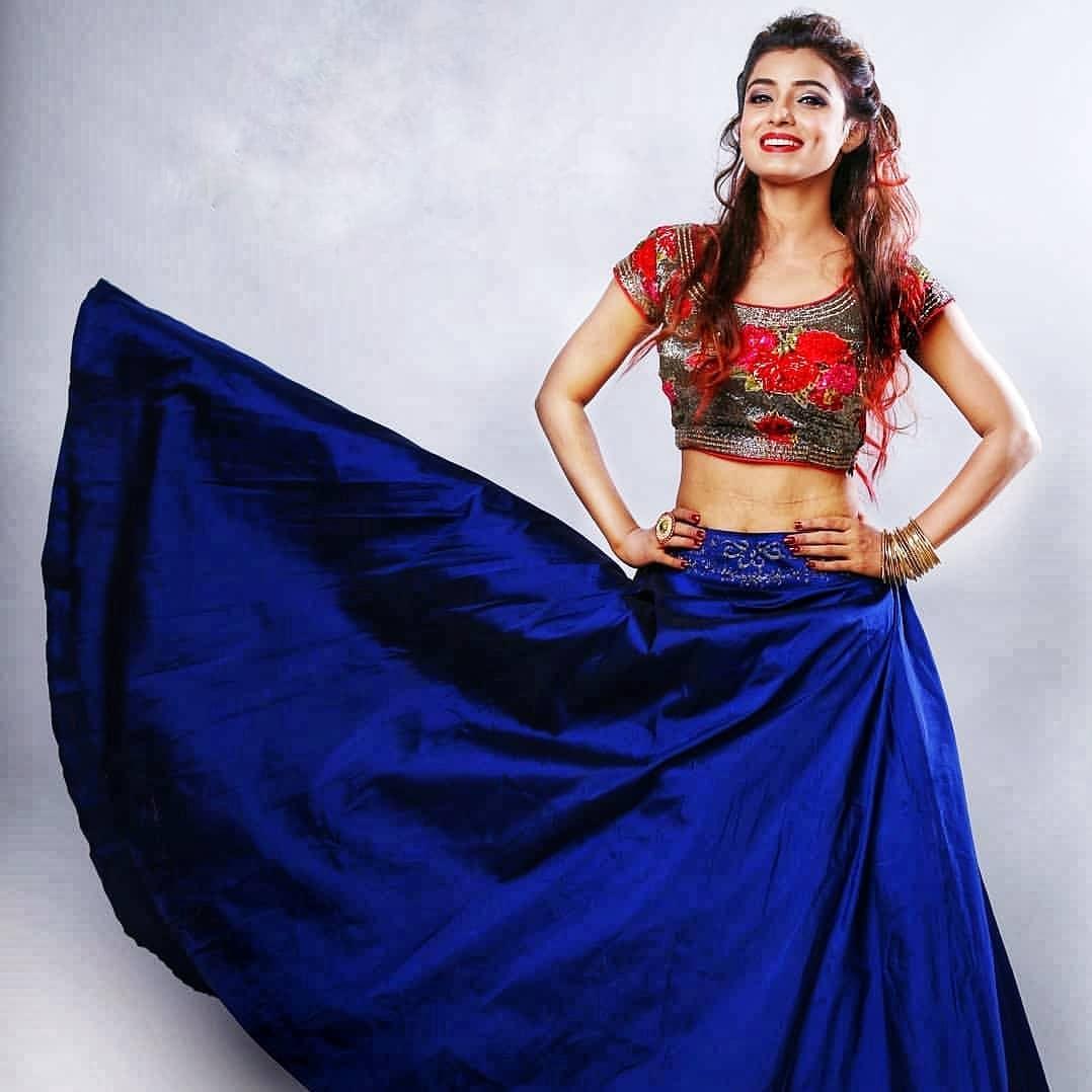 Mayuri Deshmukh marathi actress 25