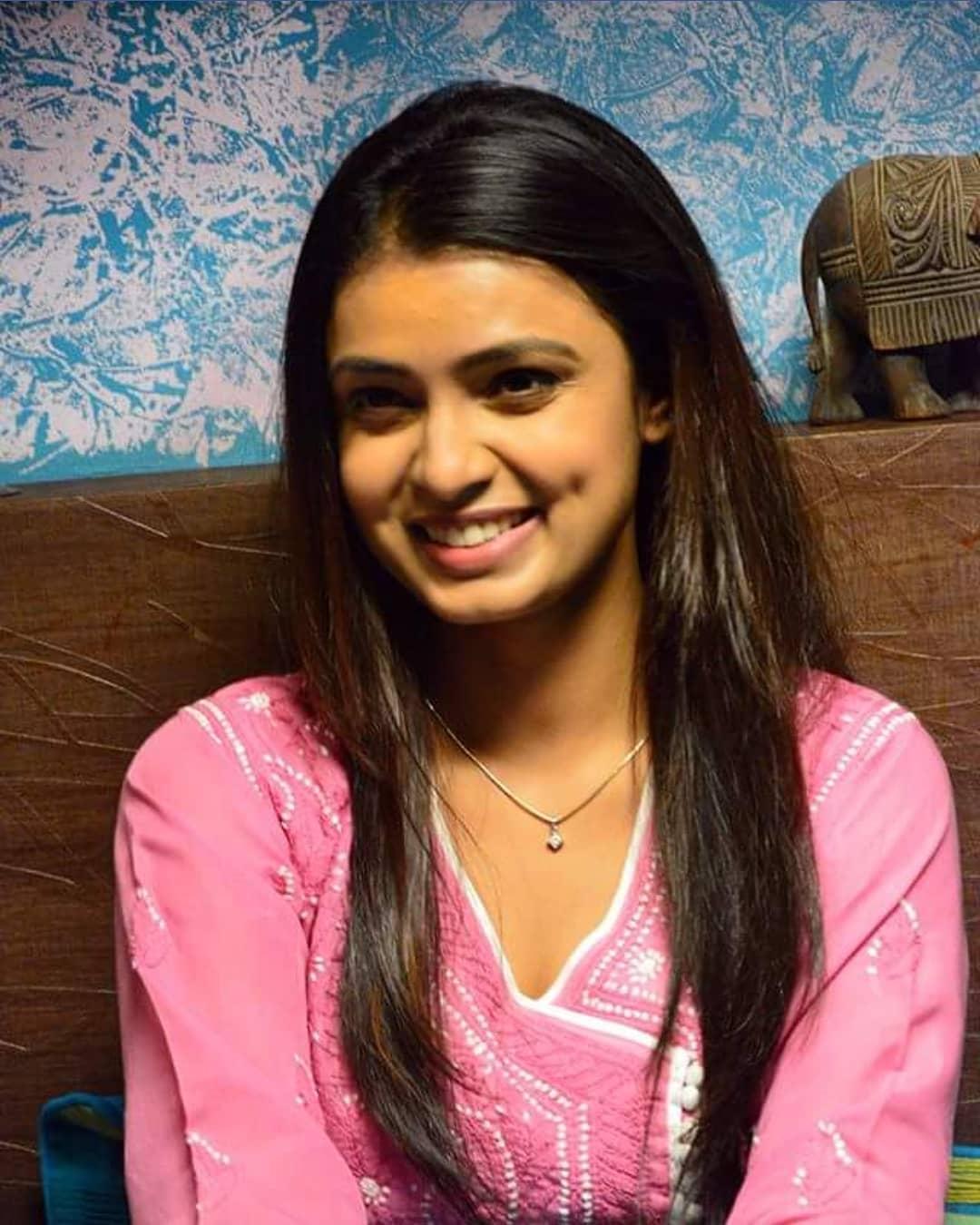 Mayuri Deshmukh marathi actress 10