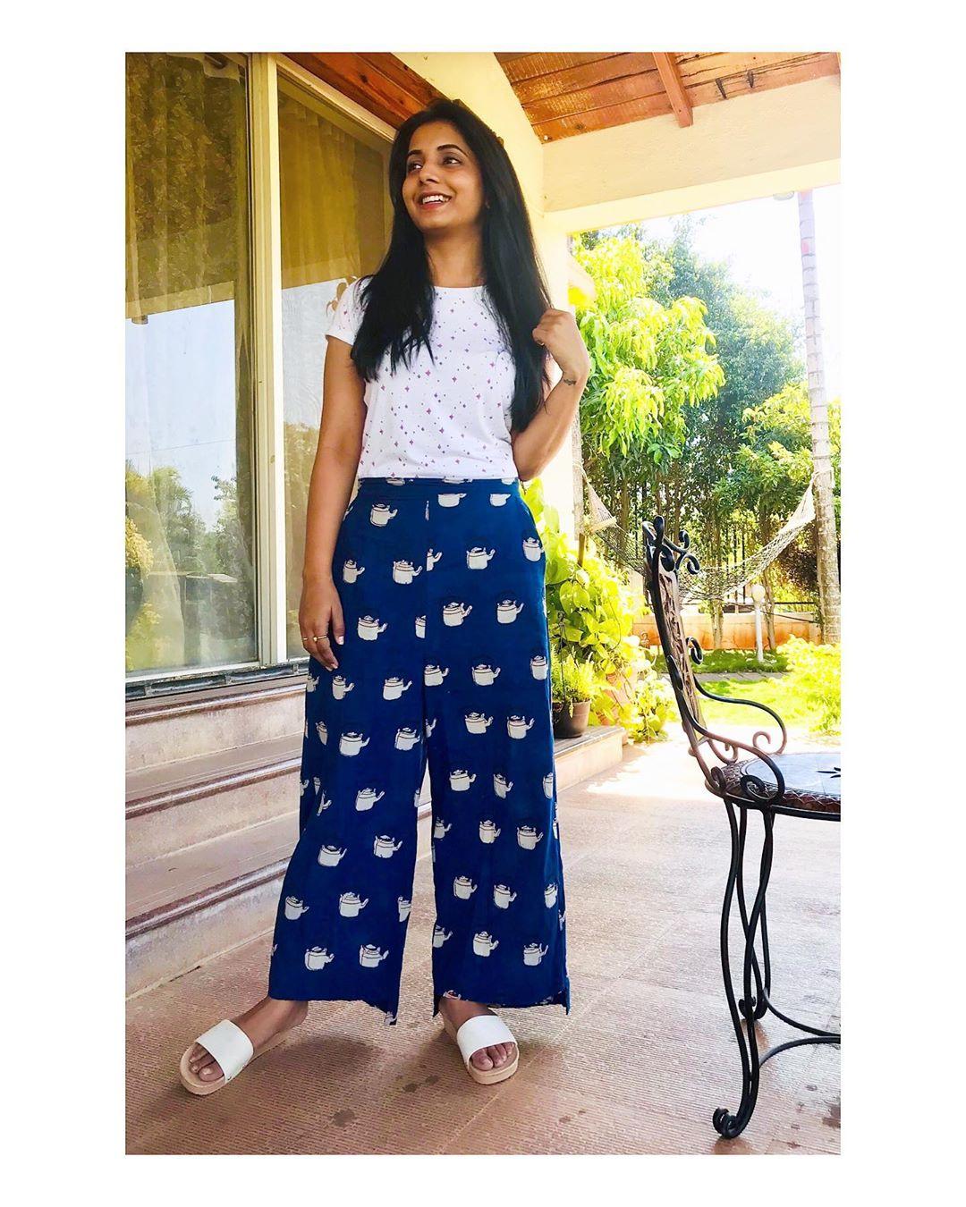 Sayali Sanjeev marathi actress 50