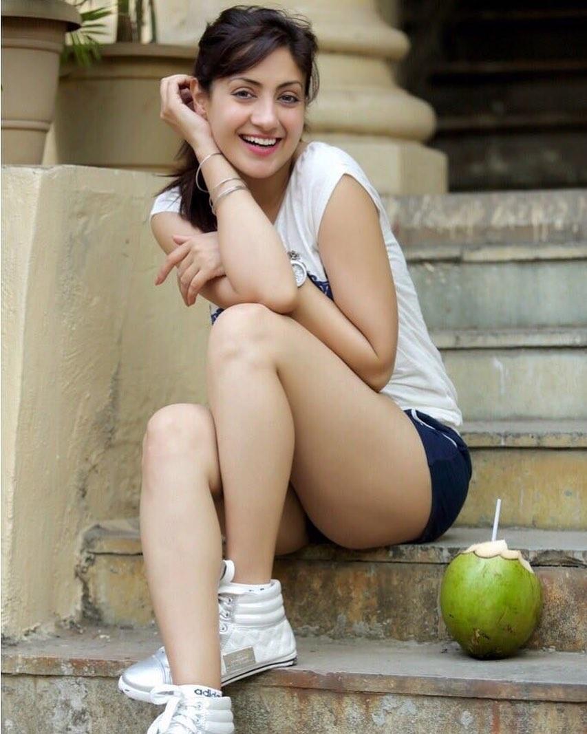 Gurleen Chopra marathi actress 23