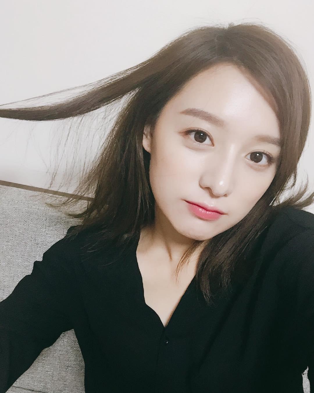 Kim Ji won south korean actress