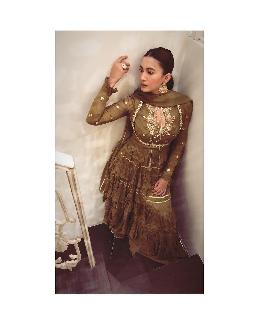 gauhar Khan bollywood actress 27