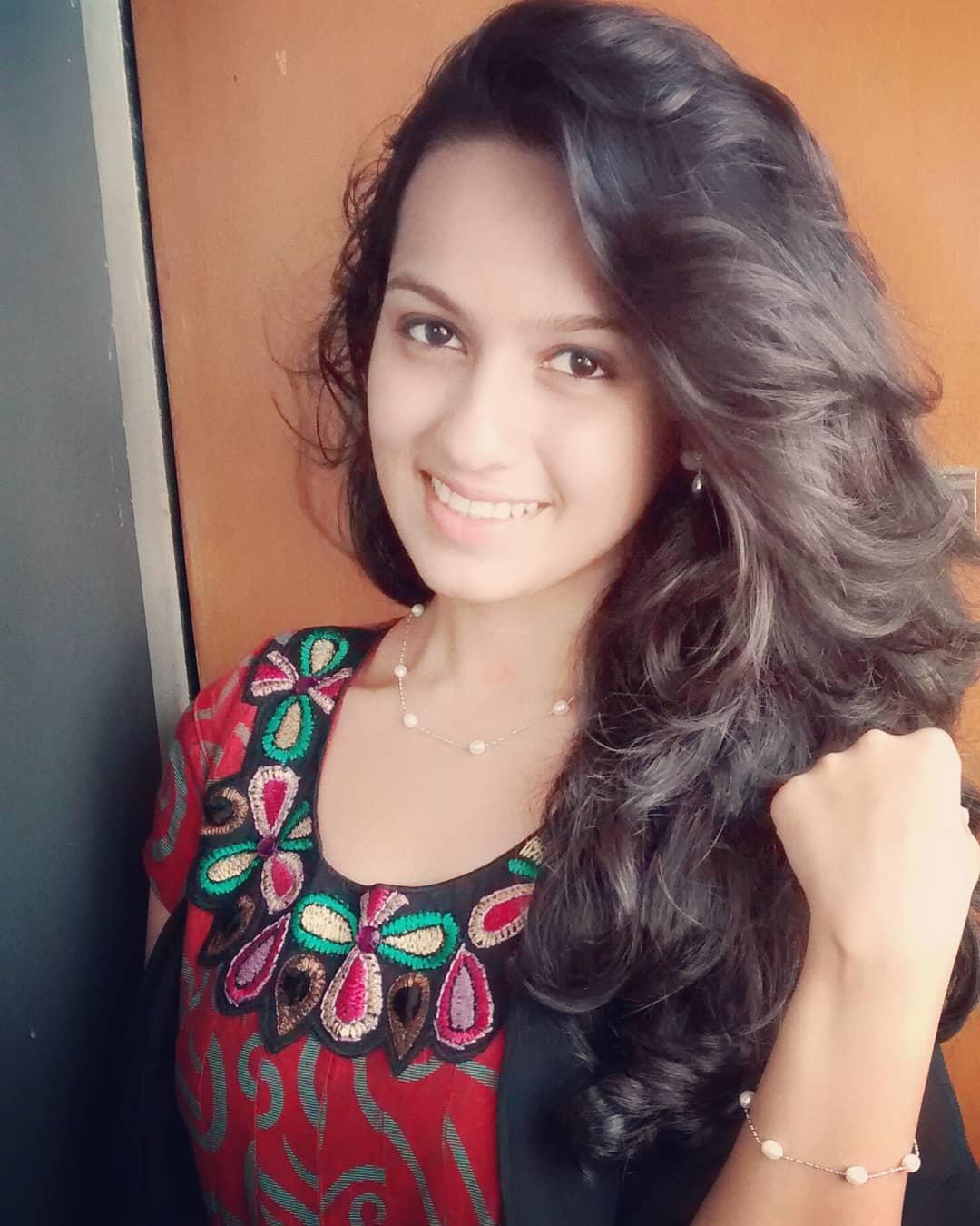 Shivani Baokar marathi actress 38