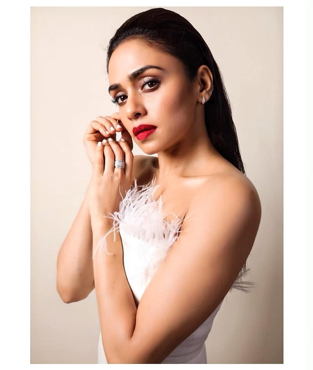 Amruta Khanvilkar Marathi Actress 91
