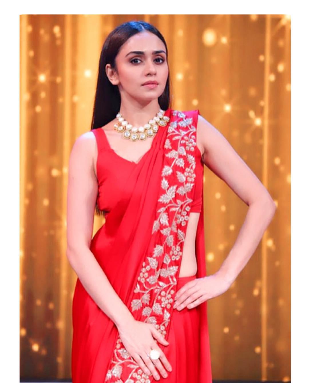 Amruta Khanvilkar Marathi Actress 52