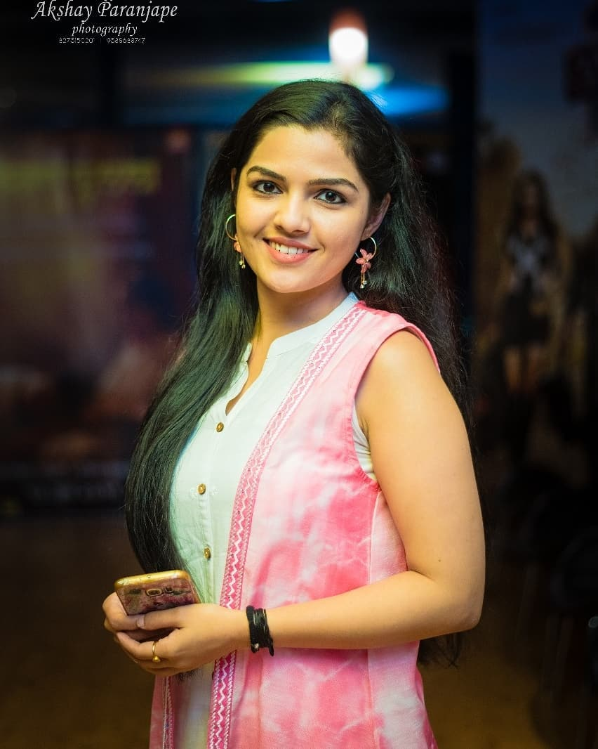 Aarya Ambekar marathi actress 18
