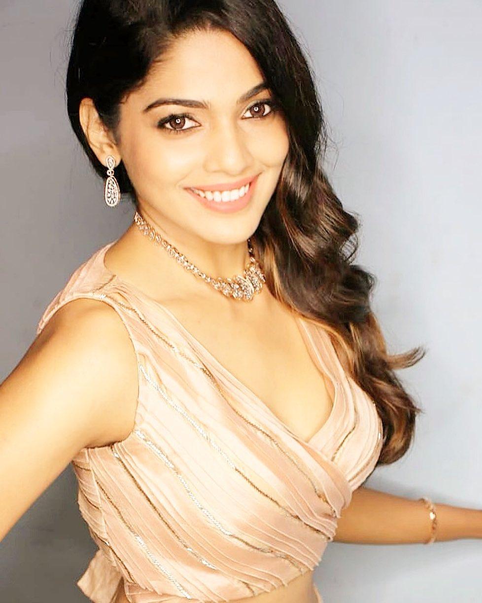 Pooja Sawant marathi actress 83