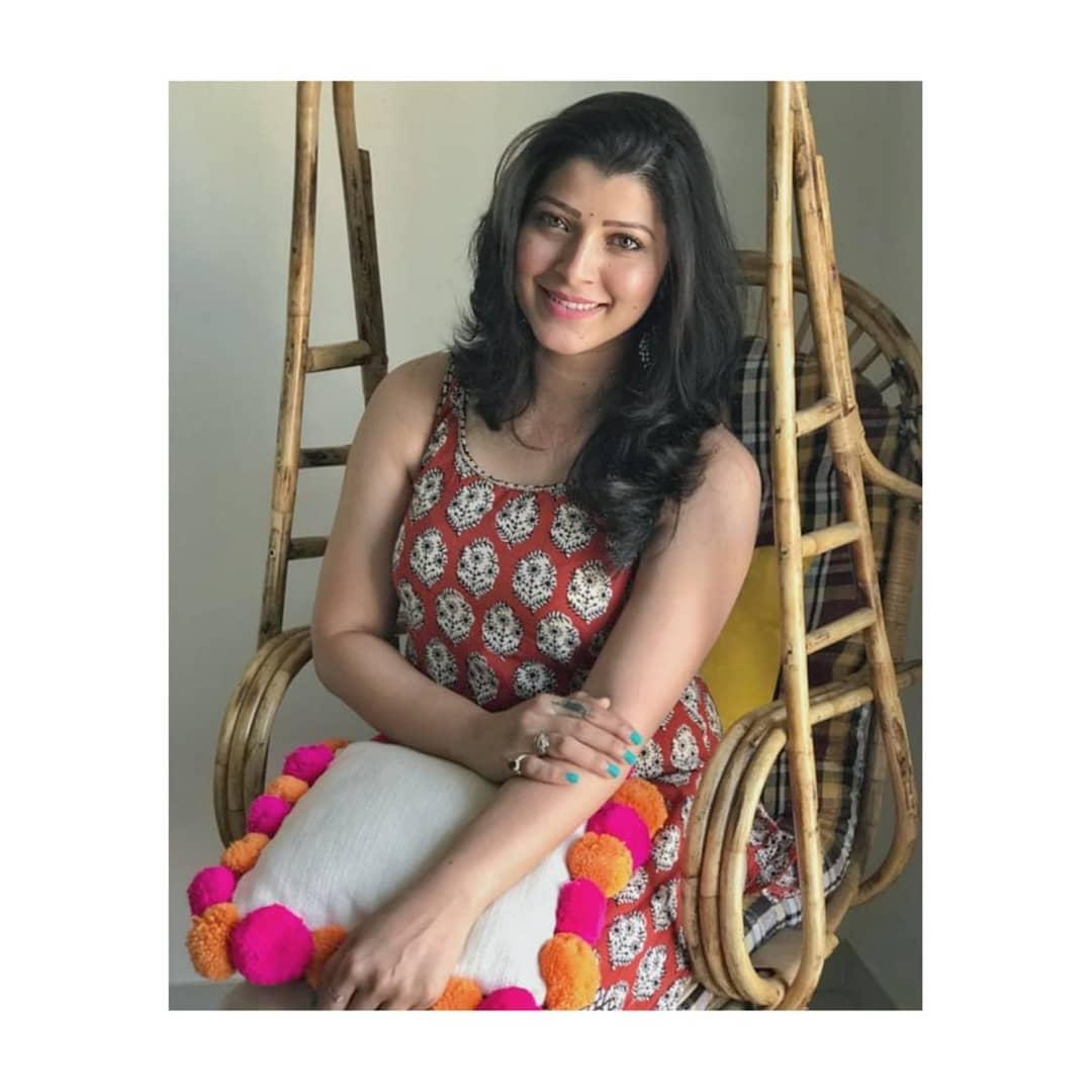 Tejaswini Pandit marathi actress 25