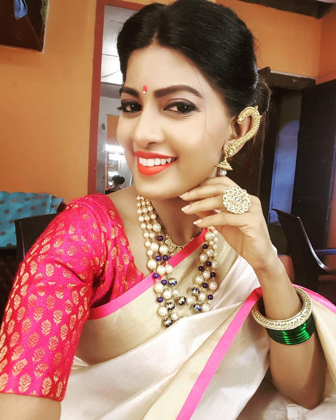 12 07 2019 1380 dhanashri kadgaonkar marathi actress (32)