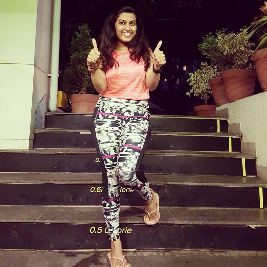 Dhanashri Kadgaonkar marathi actress 29