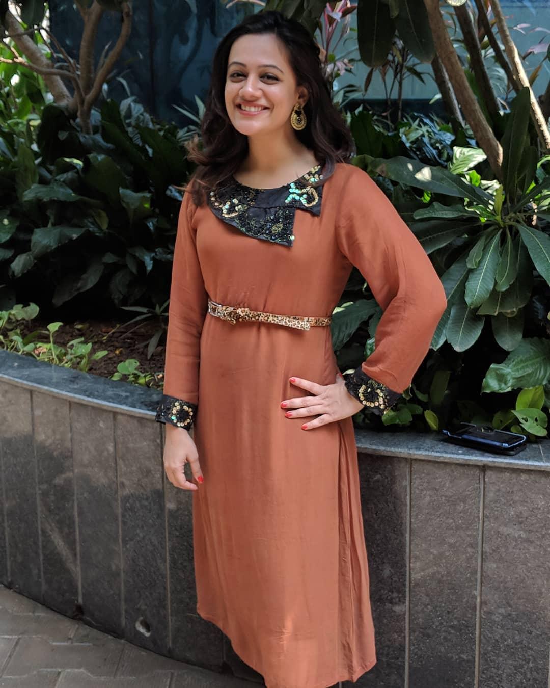 Spruha Joshi marathi actress 36