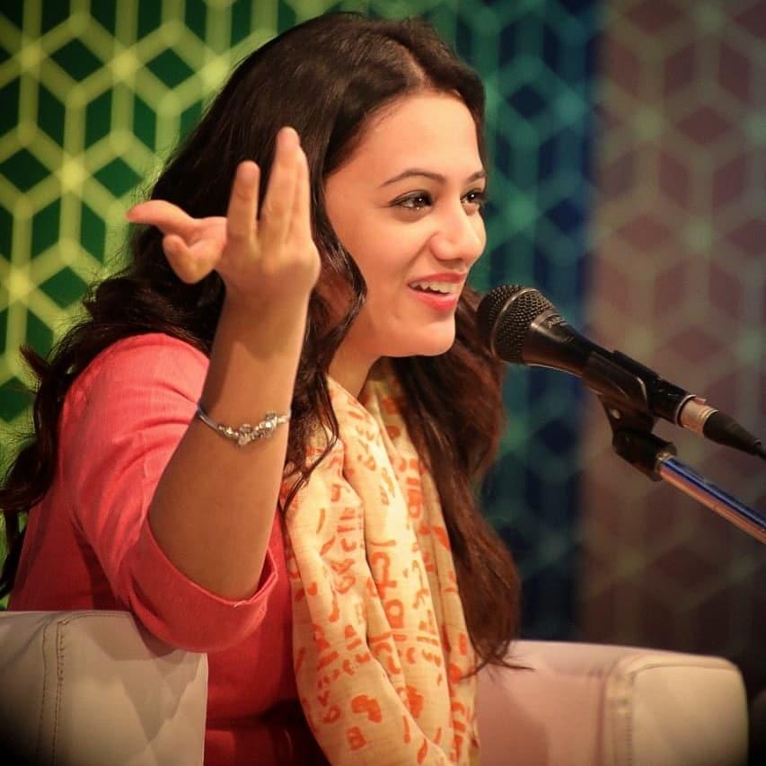 Spruha Joshi marathi actress 5