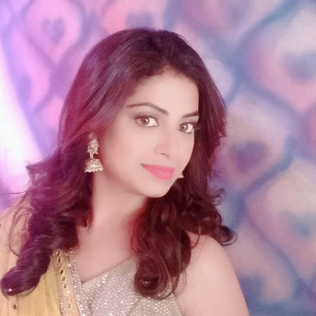 Smita Shewale marathi actress 4