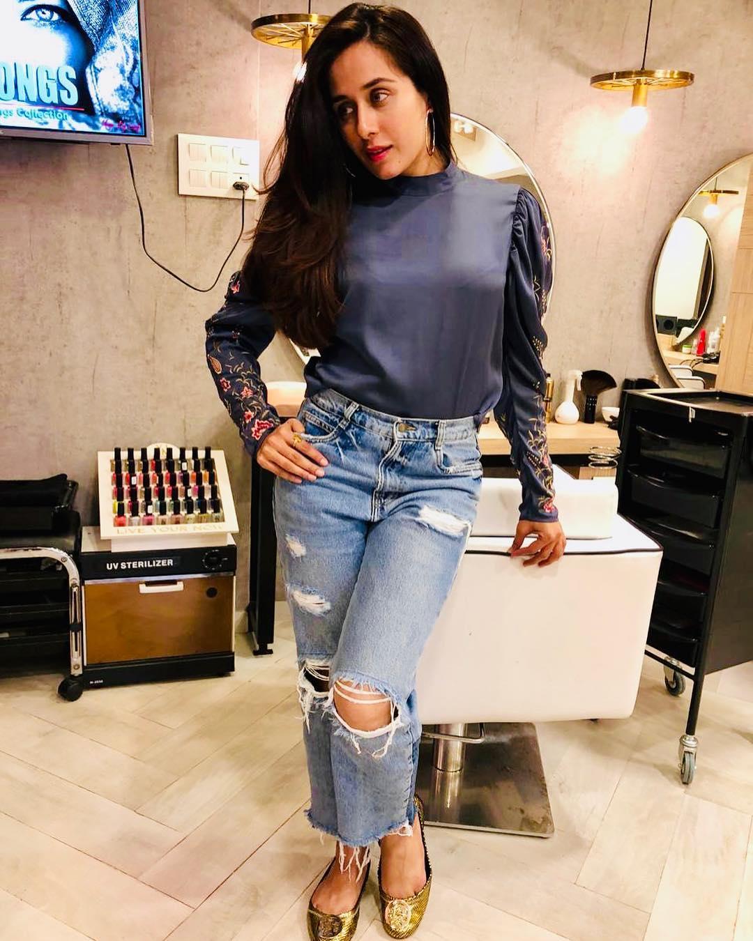 Tejaswini Lonari marathi actress 22