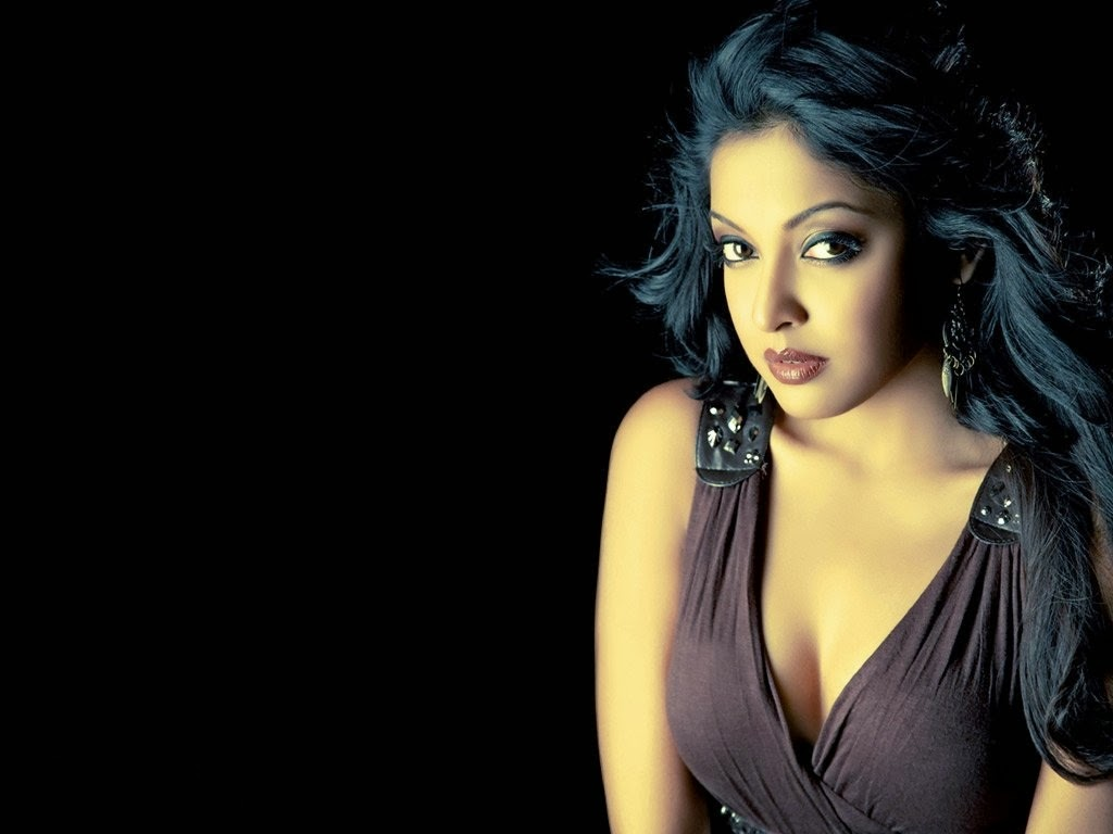 tanushree dutta hd wallpaper