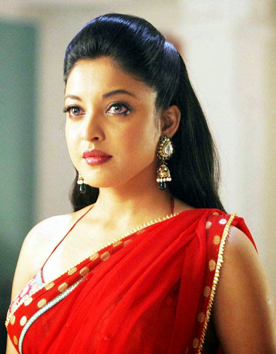 tanushree dutta saree