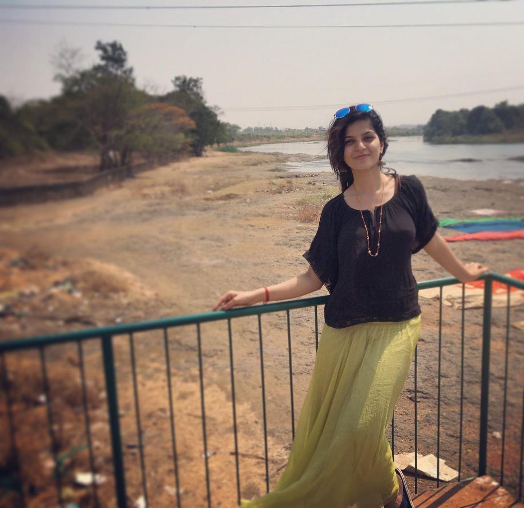 Sonam Pawar marathi actress 4
