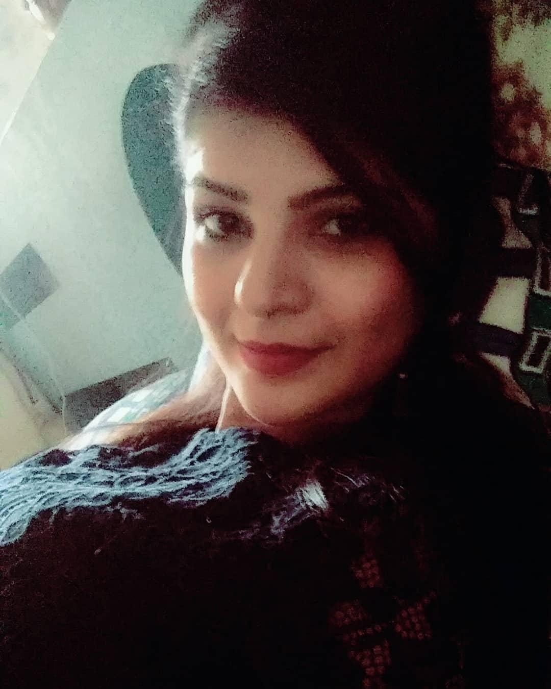 Sonam Pawar marathi actress 16