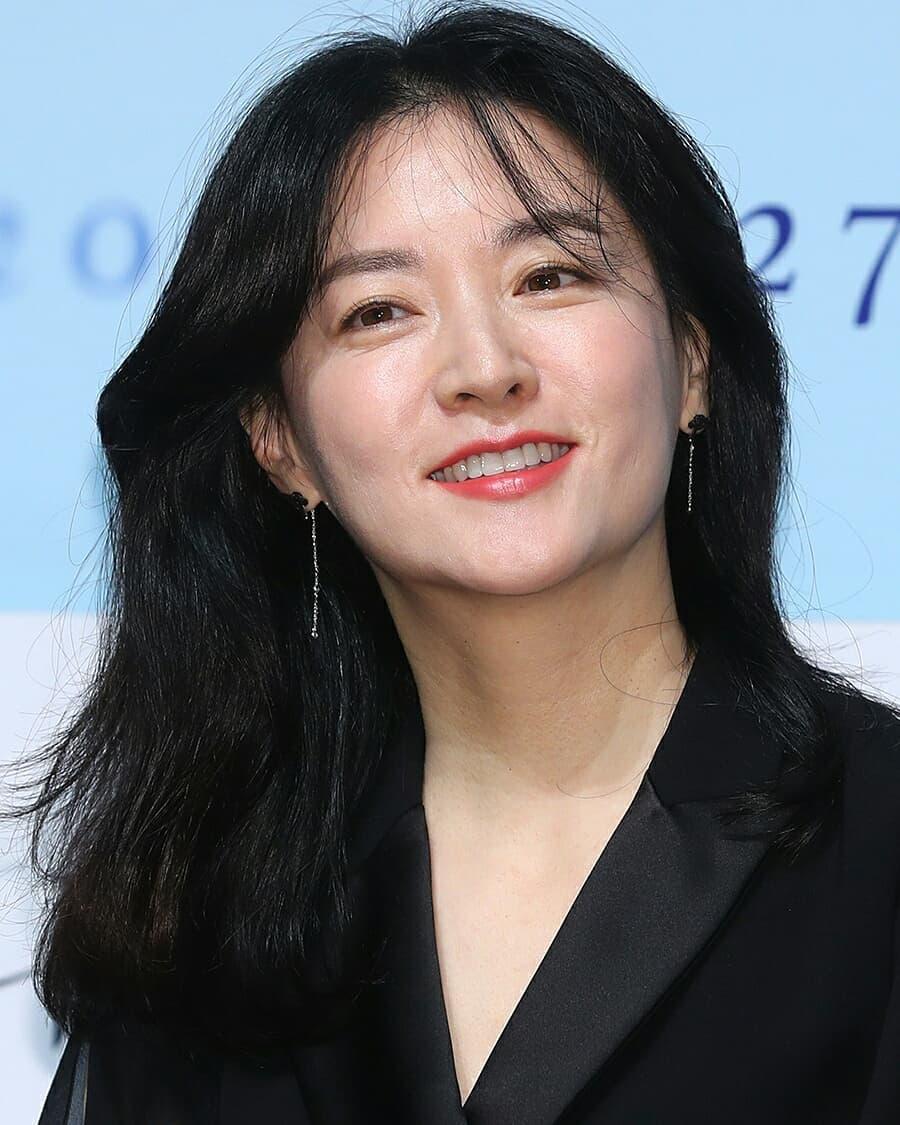 Lee Young ae south korean actress