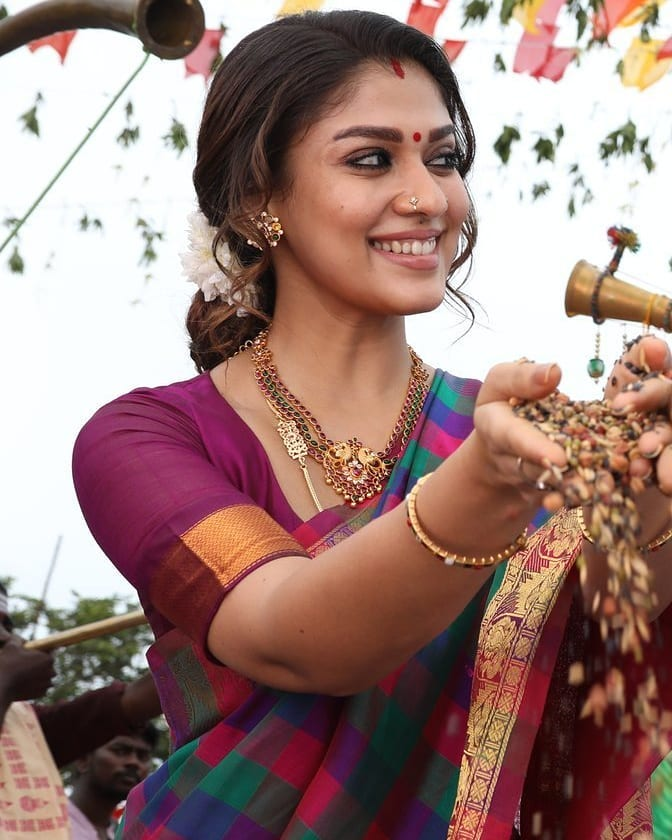 nayanthara south indian actress in saree