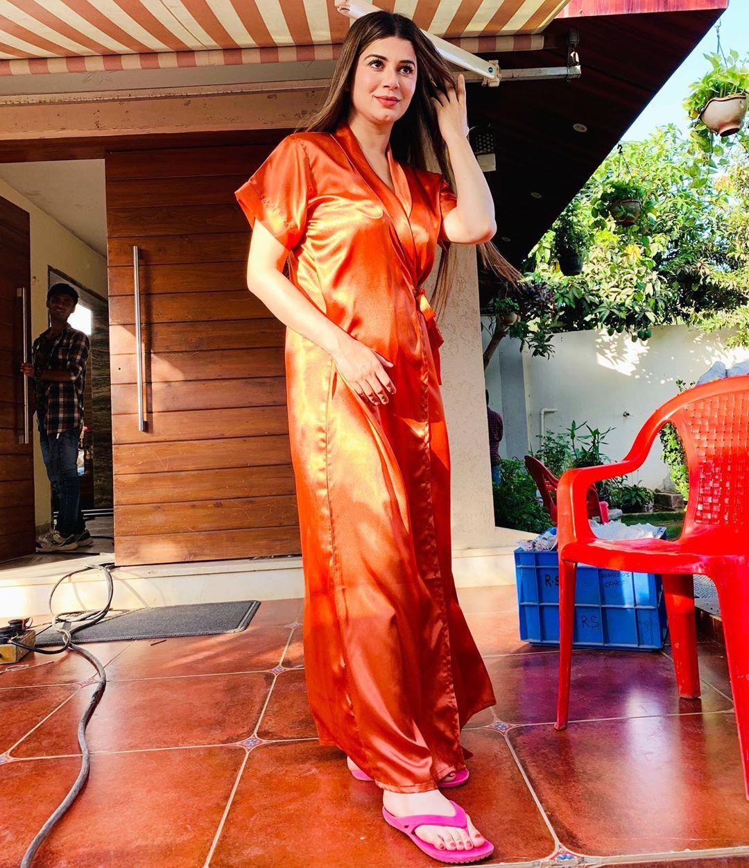 Kainaat Arora Bollywood Actress 40