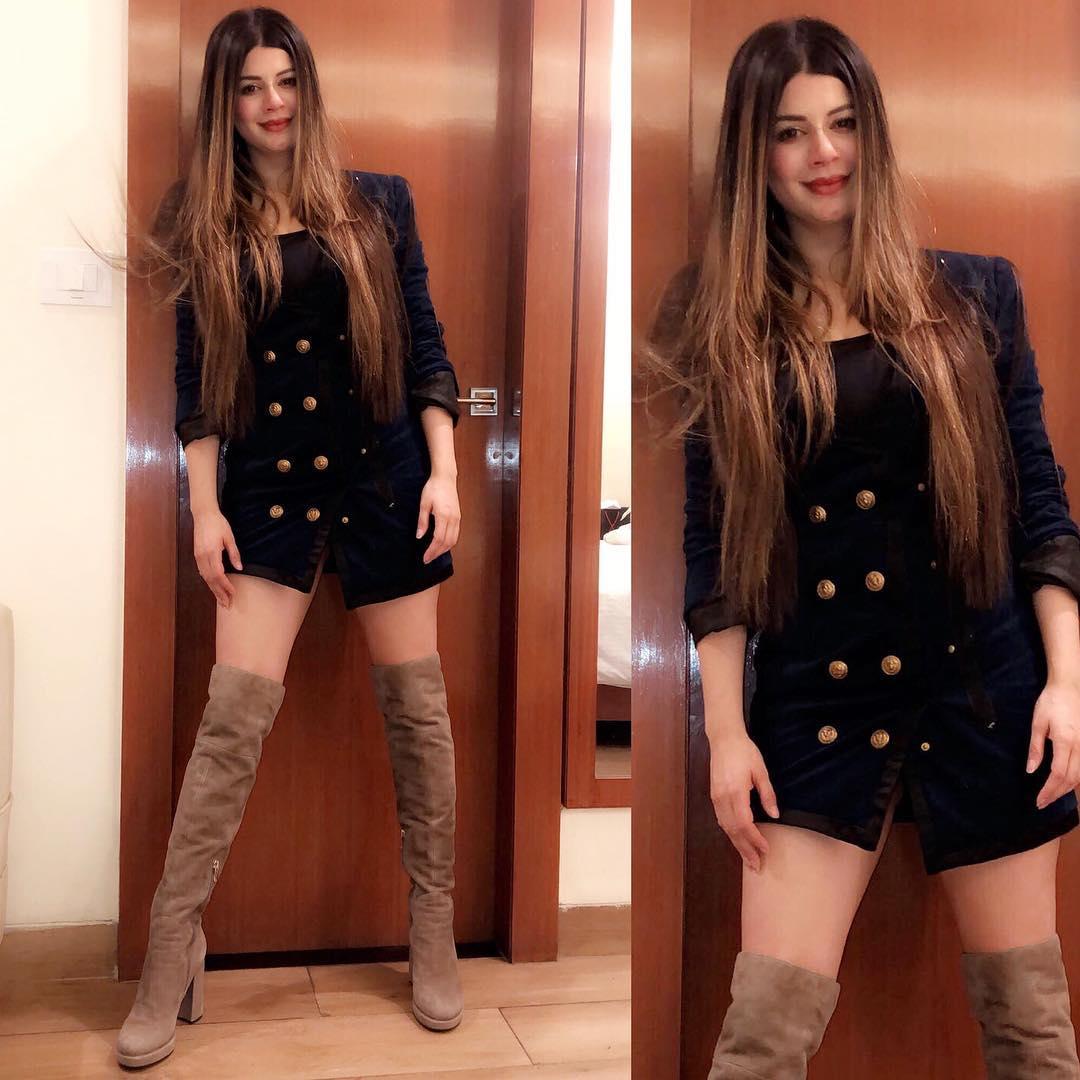 Kainaat Arora Bollywood Actress 5