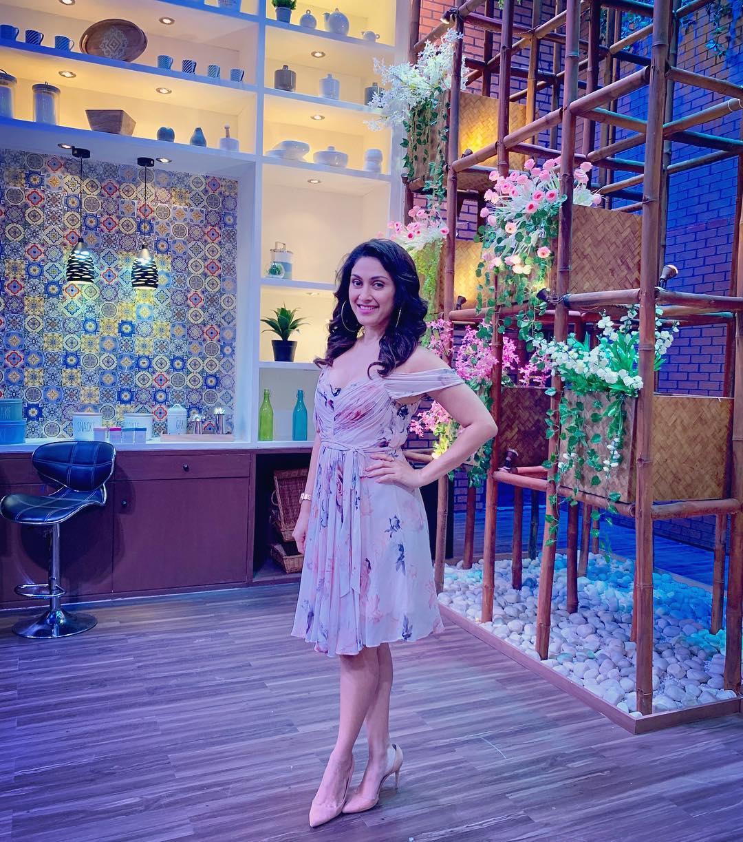 manjari phadnis bollywood actress 86