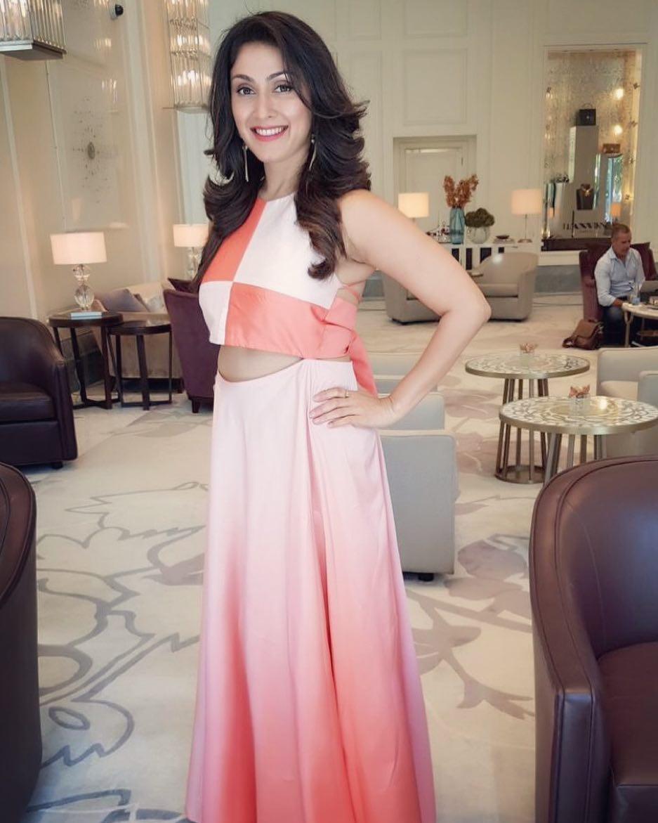 manjari phadnis bollywood actress 50