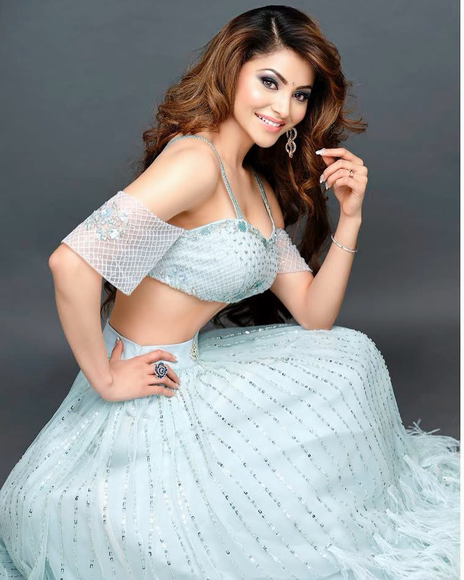 Urvashi Rautela bollywood actress 77