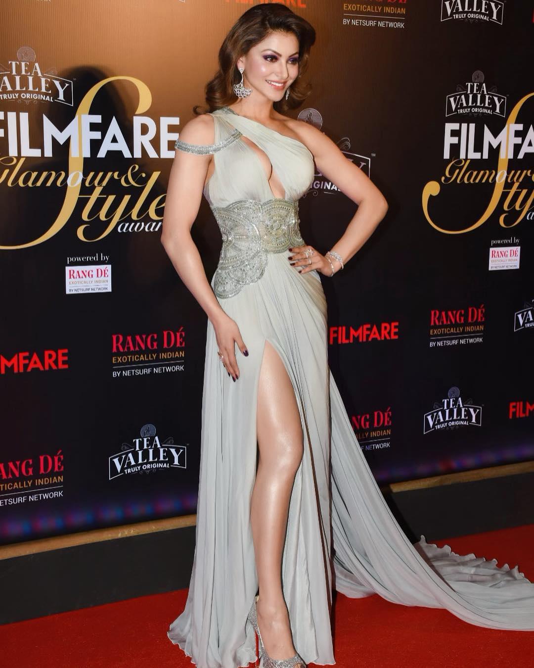 Urvashi Rautela bollywood actress 32