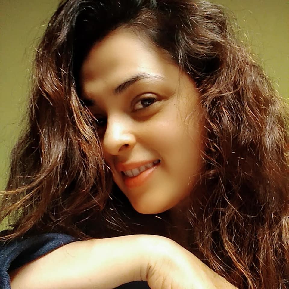 anjana sukhani 30
