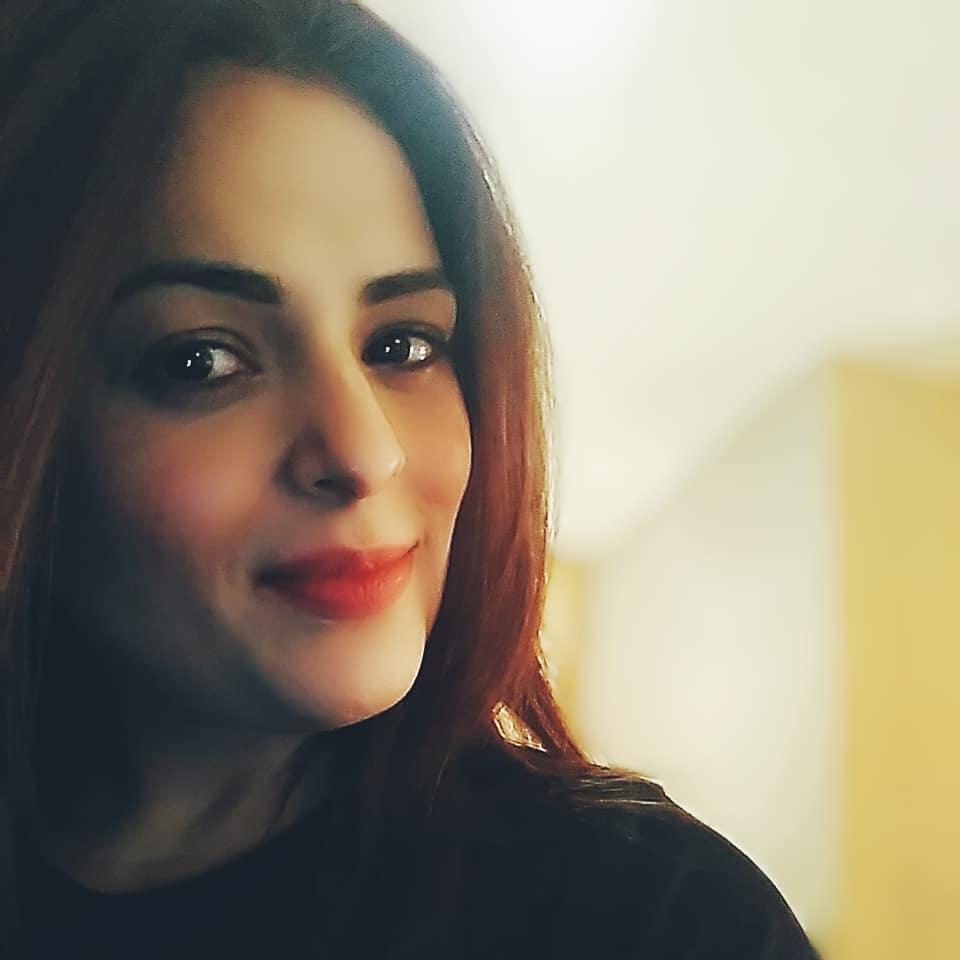 anjana sukhani 49