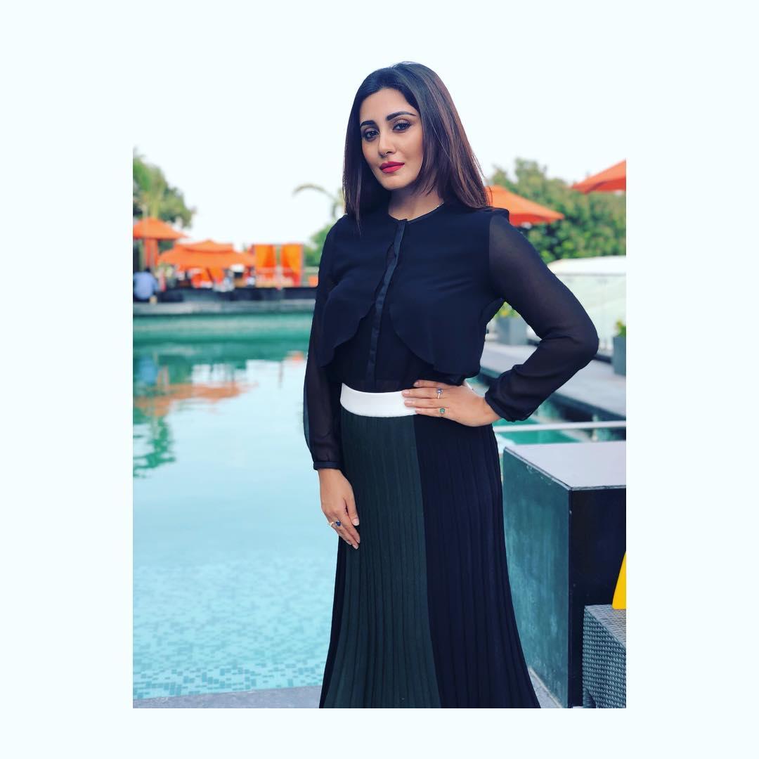 Rimi Sen bollywood actress 22
