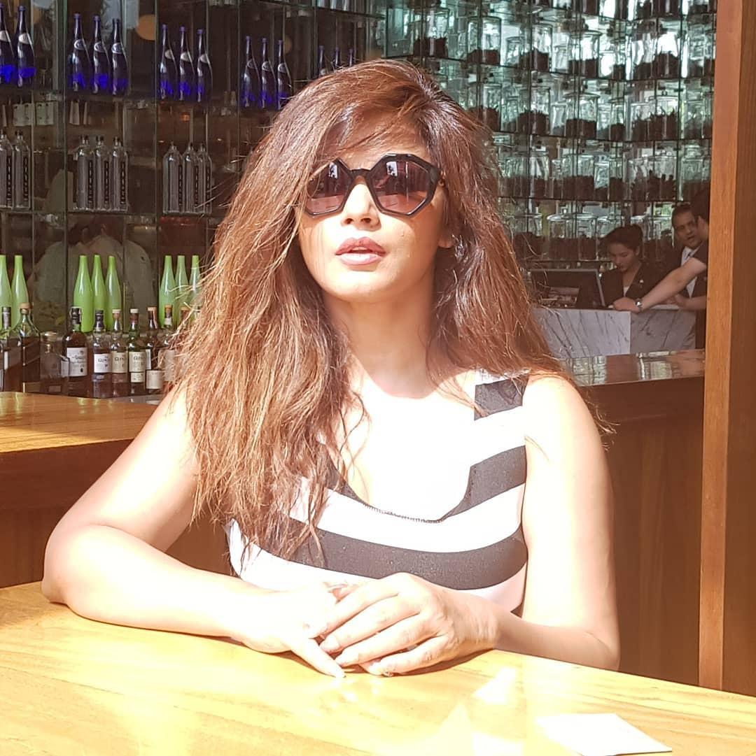 Neetu Chandra bollywood actress 107
