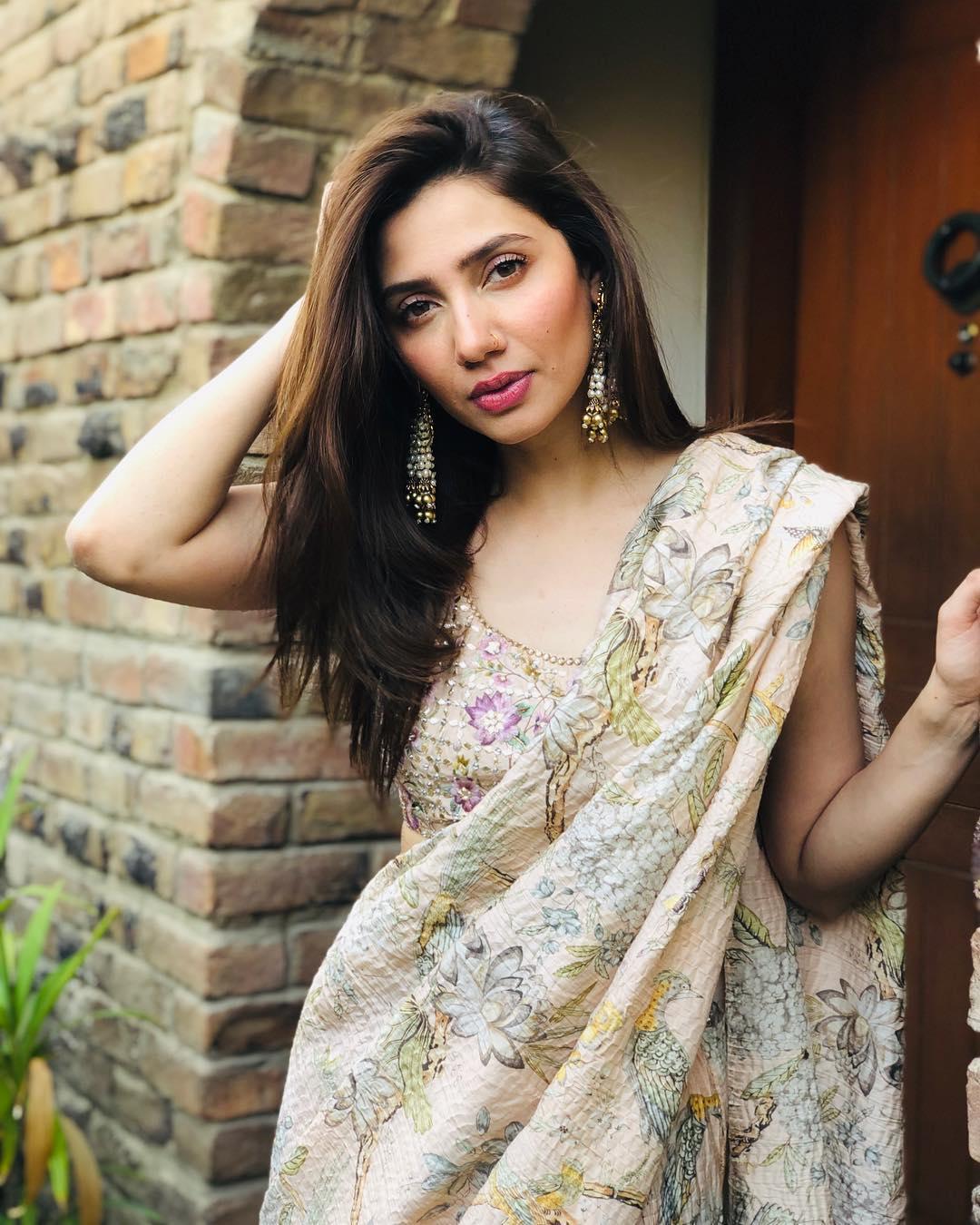 mahira khan 102