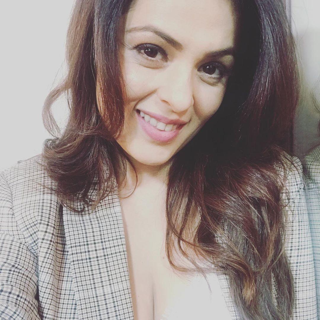 anjana sukhani 57