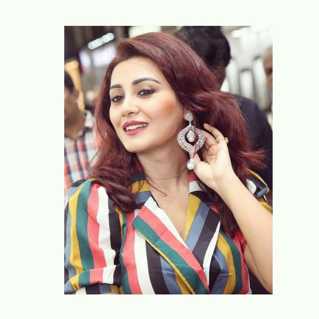 Rimi Sen bollywood actress 93
