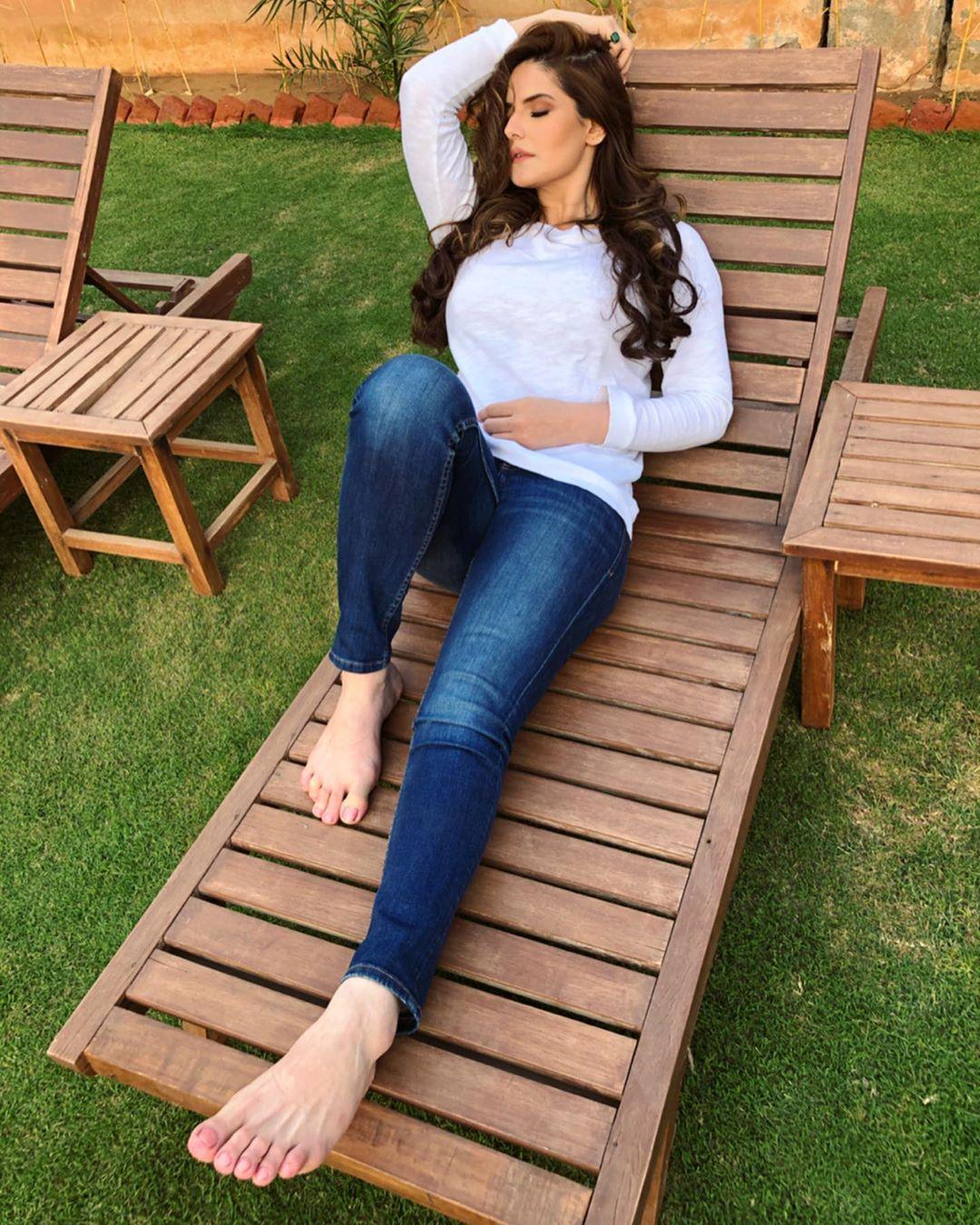 Zarine Khan 35