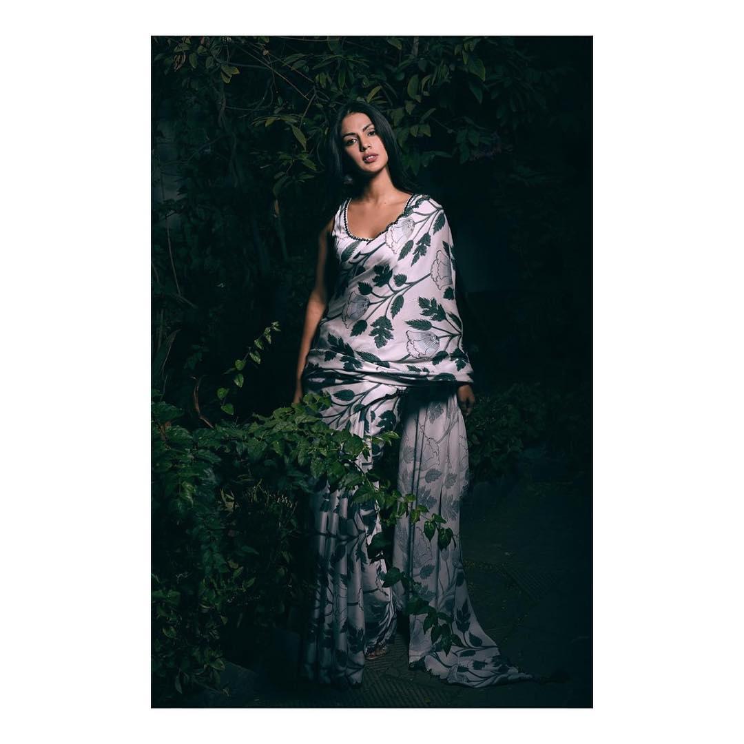 rhea chakraborty bollywood actress 4