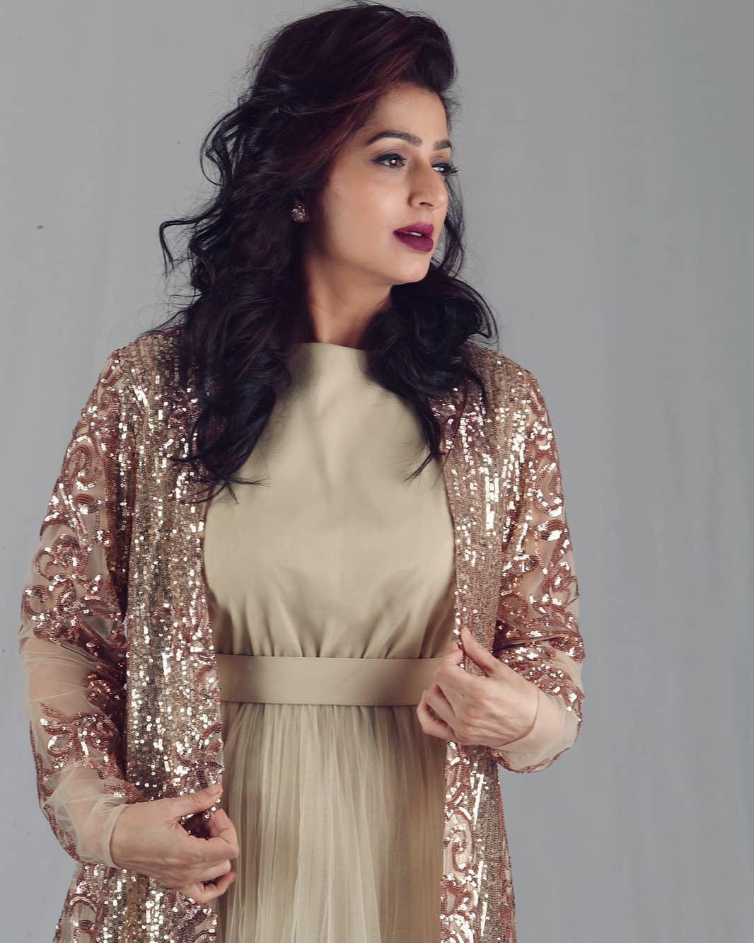 bhumika chawla 19