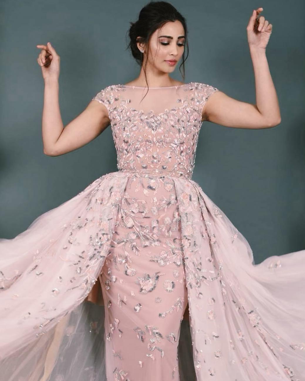 daisy shah bollywood actress 14