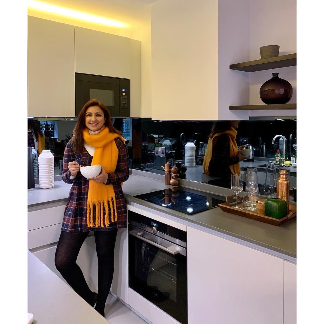 parineeti chopra bollywood actress 33