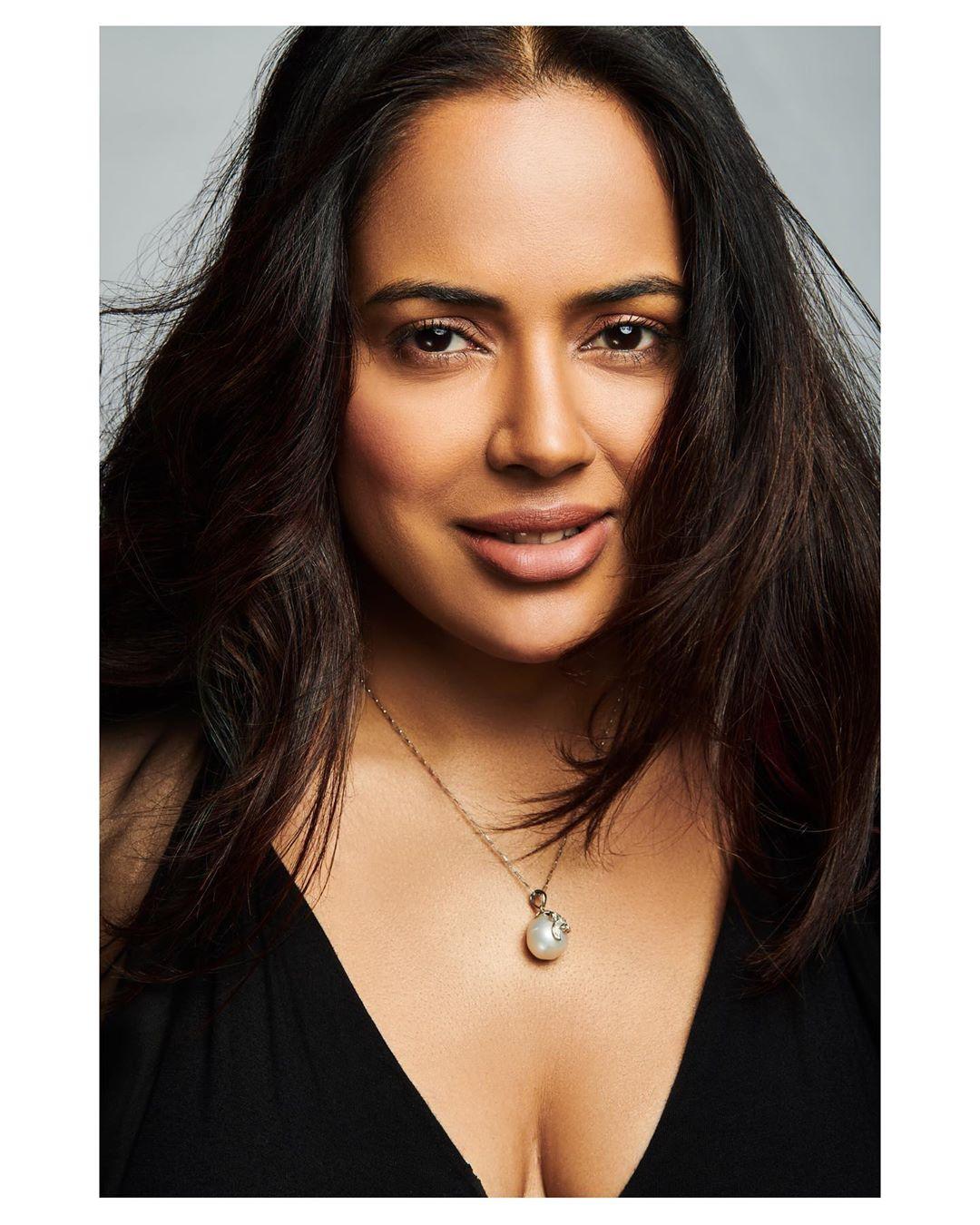 Sameera reddy bollywood actress 3
