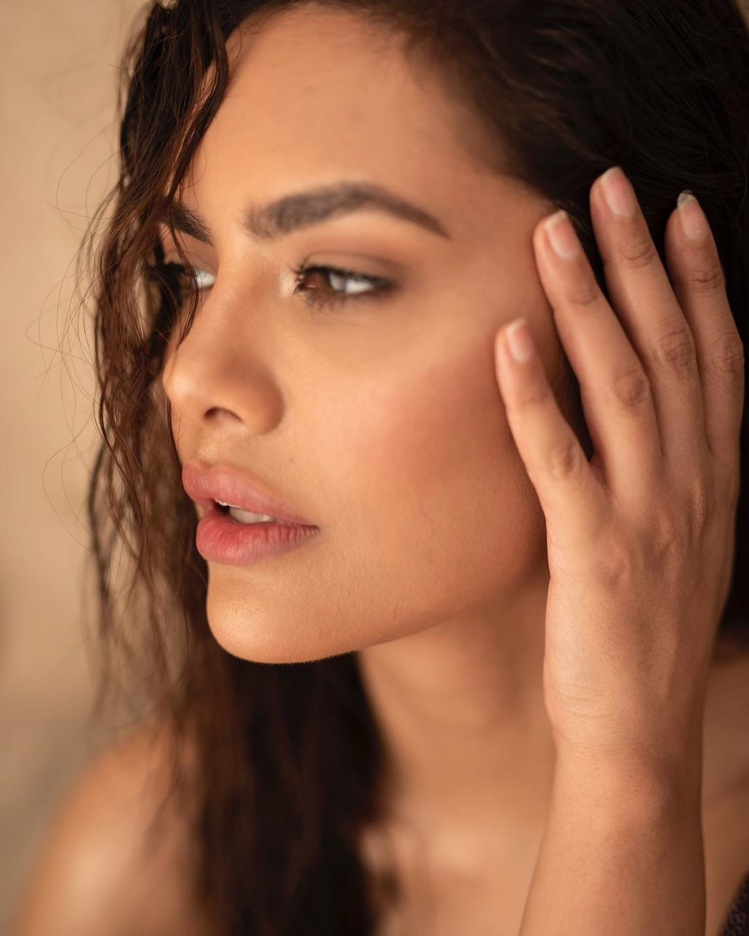 Esha Gupta bollywood actress 10